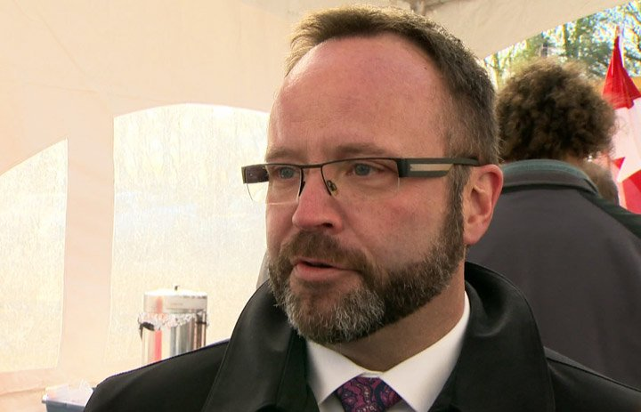 Sitting Saskatchewan legislative member Darryl Hickie also working as police officer: Opposition NDP.